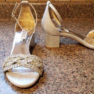 Badgley Mischka Triana Sandals Size 6.5, Silver